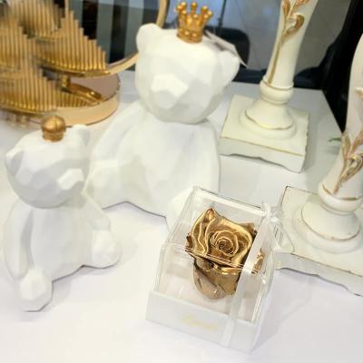 Золотой стабилизированный бутон розы в подарочной коробке Lerosh - Classic