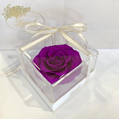 Фиолетовый стабилизированный бутон розы в подарочной коробке Lerosh - Premium