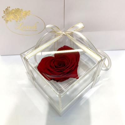 Бордовий стабілізований бутон троянди серце в подарунковій коробці Lerosh - Premium