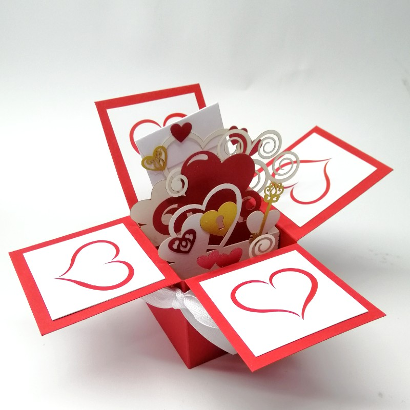 Volumetric exclusive postcard box With love