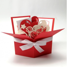 Об'ємна ексклюзивна листівка коробочка Вітаю!